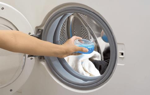 Çamaşır Makinesine Beyaz Sirke Döktü – Nedenini Anlayınca Siz De Aynısını Deneyeceksiniz 1