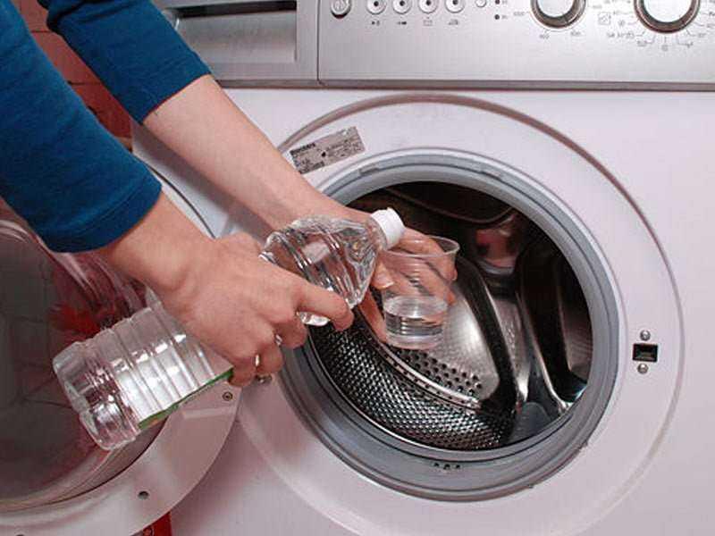 Çamaşır Makinesine Beyaz Sirke Döktü – Nedenini Anlayınca Siz De Aynısını Deneyeceksiniz 3