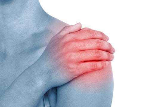 Mide ve omuzdaki ağrılar safra kesesi taşı belirtisi olabilir! 1
