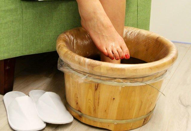 Ayaklarınızı Bu Suda Bekleterek Vücudunuzu Birçok Zararlıdan Arındırabileceğinizi Biliyor Muydunuz? 1