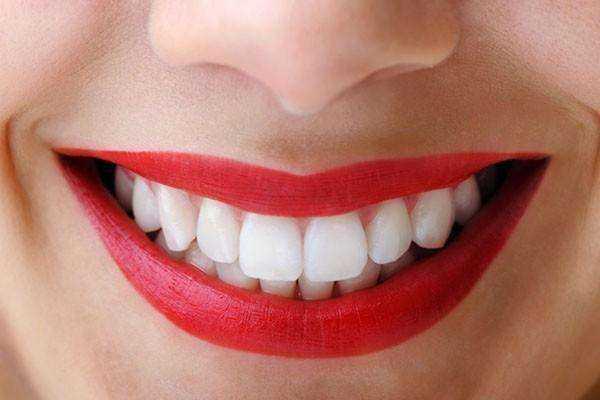 Çürüksüz ve Beyaz Dişler İçin En Doğal Formül 1